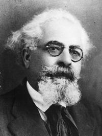 João Rosa Beatriz nasceu em São Brás de Alportel, em 1881, foi republicano e defensor da criação do município de São Brás de Alportel.